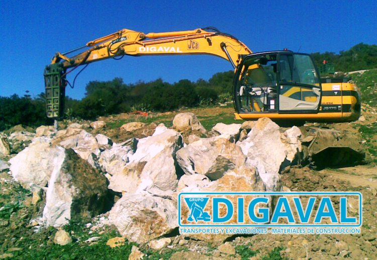 Una de las máquinas de gran tonelaje disponibles en Digaval.
