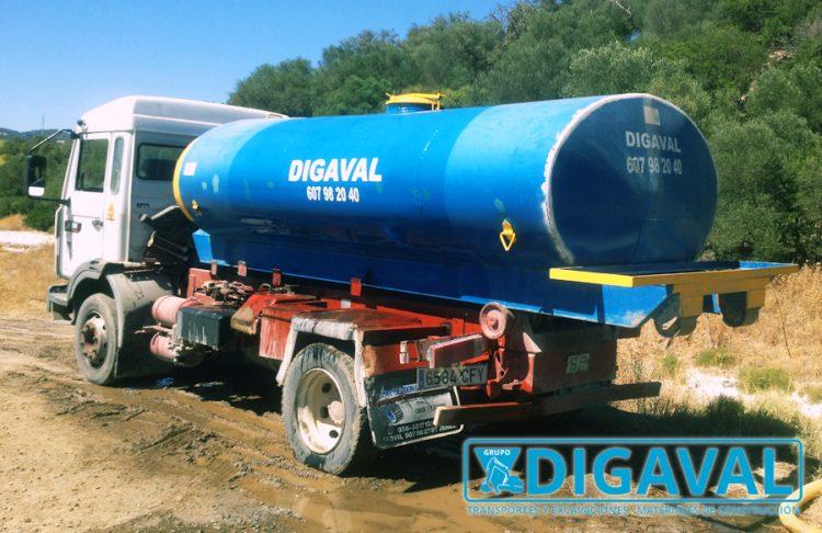 Cisternas desde 2.000 hasta 13.000 litros de capacidad.